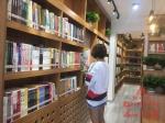 中央大街有了24小时不打烊书房 扫身份证自助借阅 - 新浪黑龙江