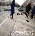 依拜公路一运粮重型货车与路虎相撞 事故致三死两伤 - 新浪黑龙江