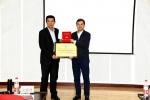首届解放领航奖学金在校颁奖 - 哈尔滨工业大学